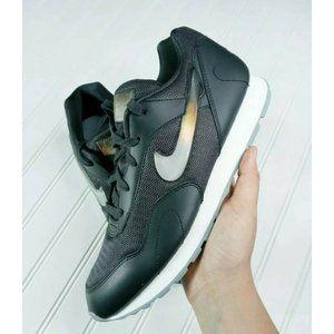 Nike Women's Outburst Premium Oil Grey/Sum…